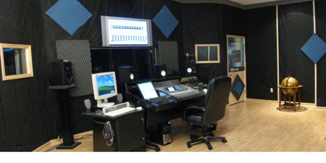 Cropped studio