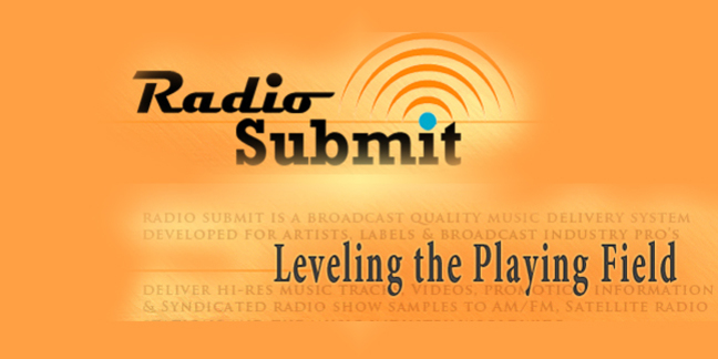 Cropped radio submit orange