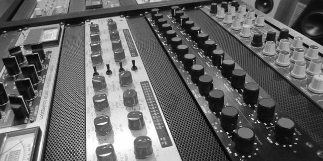 Cropped studio b w