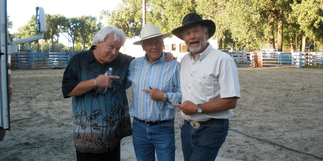 Cropped t  monty sealey  and mike morgan before the show in roundup  mt