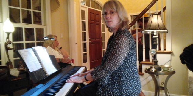 Cropped piano gig in loveland 002