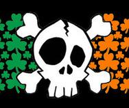 Thumb skull crossbones tricolor 3leaf